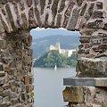 Czorsztyn%2C+zamek+w+Pieninach+nad+Dunajcem. #Czorsztyn