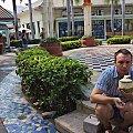 Kokosowy drink obok hipermarketu BigC w Pattaya #azja #pattaya #tajlandia #kokos