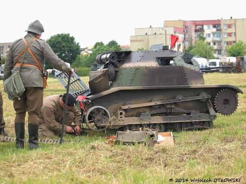 XIV Piknik Kawaleryjski w Suwałkach, 14-15.VI.2014 #PiknikKawaleryjski #Suwałki #konie #koń #kawaleria #ułani #czołg