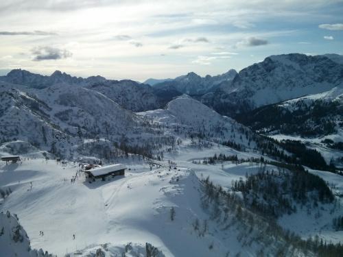 Widok z ławeczki na Gartnerkofel 2195 m