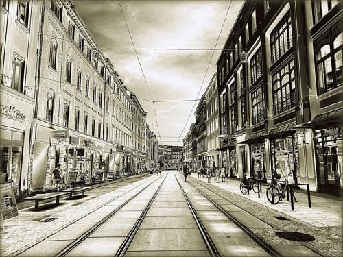 G�rlitz. Berliner Stra�e. Do poczytania: http://www.goerlitz.de/pl/