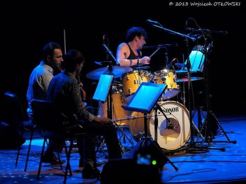 "Sean Noonan ""A Gambler's Hand"", Suwalski Ośrodek Kultury, Suwalki, 01.10.2013 #myzyka #NoonanSeen #perkusja #Suwalki #SuwalskiOśrodekKultury"